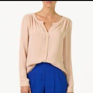 Aritzia Babaton Silk Button up blouse size small